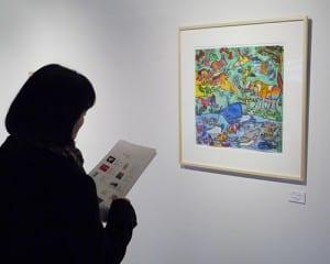 多くの来場者が作品に関心と感動を寄せた