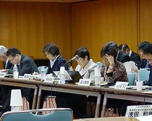委員からさまざまな注文が相次いだフリースクール検討会議