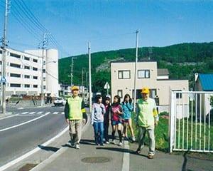 通学路の安全を守る