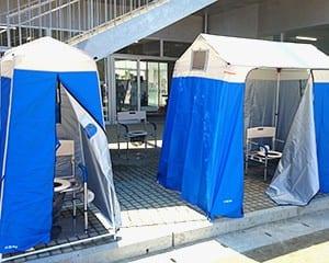 エトキ=仮設トイレとして簡単に設置できる災害用マンホールトイレ