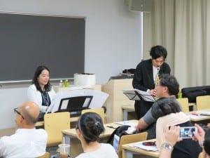 即興で美しいハーモニーを奏でる中村氏と鈴木氏