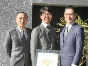 本城氏(中央)と苫野氏(左)・岩瀬氏(右)