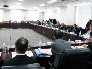 作成検討会議では、今年度中のガイドライン策定を目指す