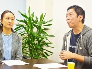 平川校長(左)と荒井校長(右)