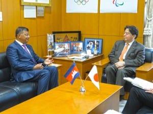 教育とスポーツの役割を語り合う両大臣
