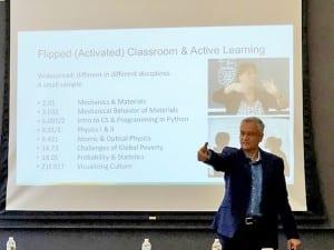 MIT式授業について語るラジャゴパル教授
